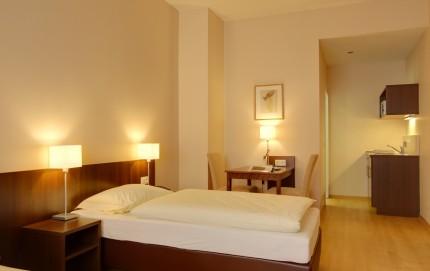 Hotel Zimmer Mercedes Bonn